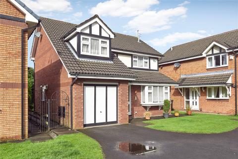 4 bedroom detached house for sale - Adlington Close, Timperley, Altrincham, Cheshire, WA15