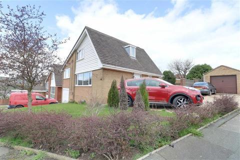3 bedroom detached house for sale - Thames Drive, Biddulph, Stoke-on-Trent