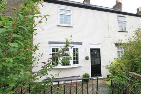 2 bedroom cottage to rent - Acol