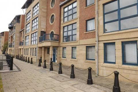 2 bedroom apartment to rent - Mariners Wharf, Quayside, NE1