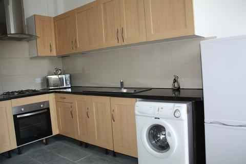 3 bedroom apartment to rent - Westgate Road, NE4 - September 2020