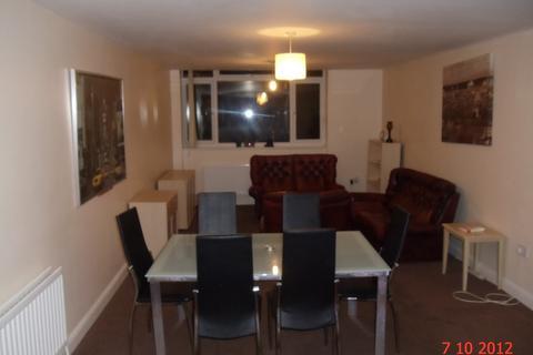 6 bedroom maisonette to rent - Benton Road, NE7