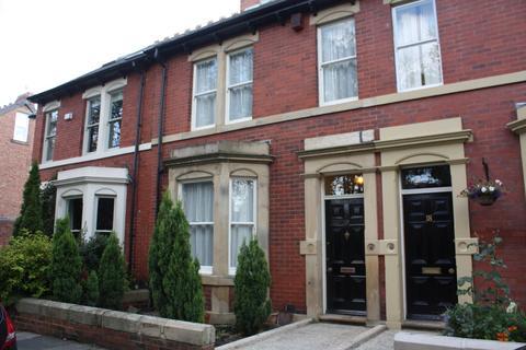 4 bedroom link detached house to rent - Albury Road, Jesmond,