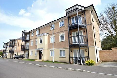 2 bedroom flat for sale - Buckingham Road, Epping