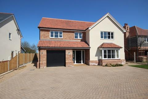 4 bedroom detached house for sale - Betts Green Road, Little Clacton, Clacton-On-Sea