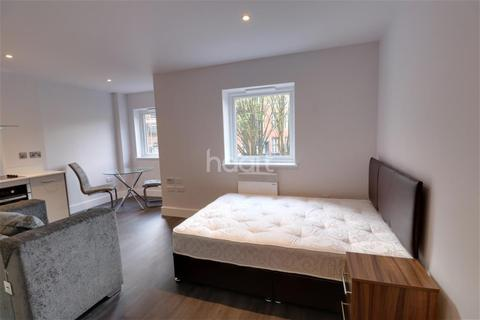 1 bedroom detached house to rent - City Centre - Aria