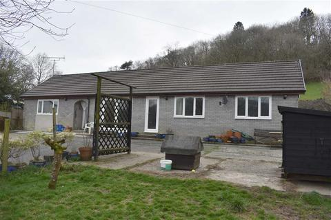 3 bedroom property with land for sale - Gorrig Road, Llandysul