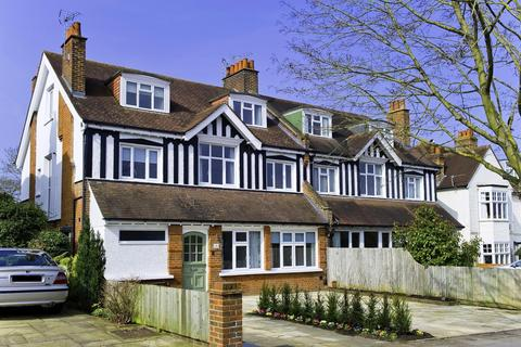 3 bedroom apartment to rent - Albany Crescent, Claygate, Esher, Surrey, KT10