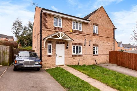 3 bedroom semi-detached house for sale - Abinger Close, Bradford, BD10 8DE