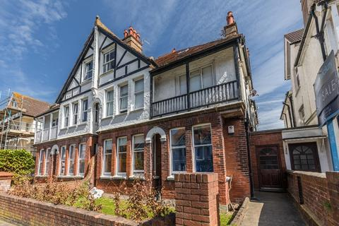 1 bedroom flat for sale - Osmond Gardens Hove East Sussex BN3