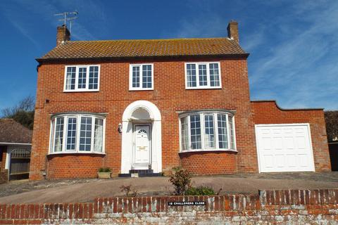 2 bedroom detached house for sale - Challoners Close Rottingdean East Sussex BN2