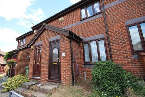 2 bedroom terraced house to rent - Woodfall Drive, Crayford