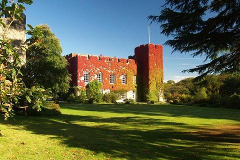 Farm for sale - The Fonmon Estate Lot 1, Vale Of Glamorgan, Wales, CF62