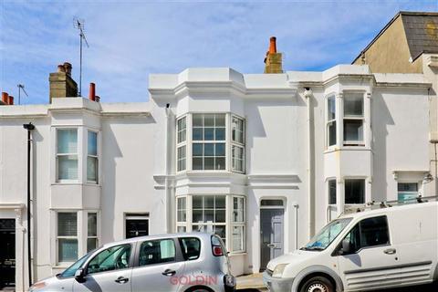2 bedroom terraced house for sale - Regent Hill, Brighton