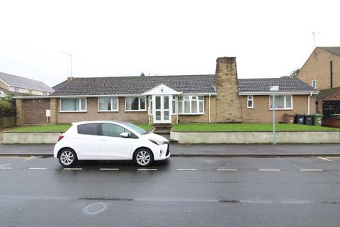 Mixed use for sale - Great Investment on Finsbury Road, Leagrave