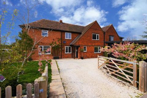 3 bedroom semi-detached house for sale - Winters Field, Crowmarsh Gifford