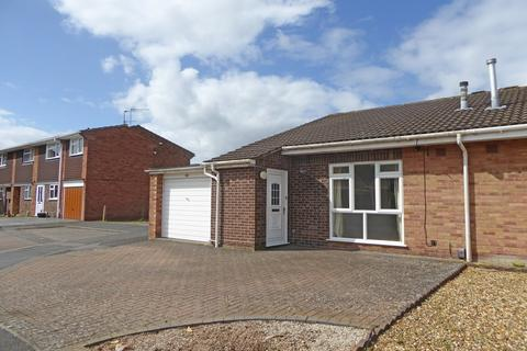 2 bedroom semi-detached bungalow to rent - Barford Approach, Whitnash