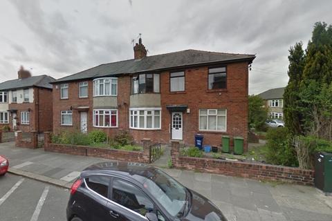 2 bedroom ground floor flat - Heaton Road, Heaton, Tyne & Wear