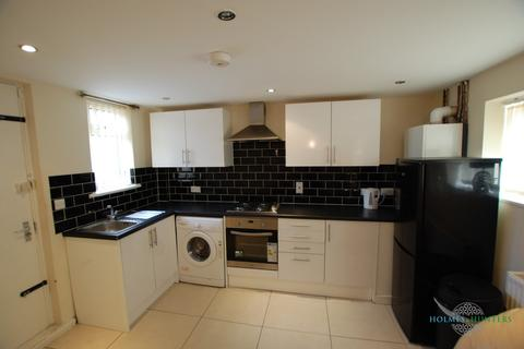 2 bedroom apartment to rent - Bentinck Road, Grainger Park