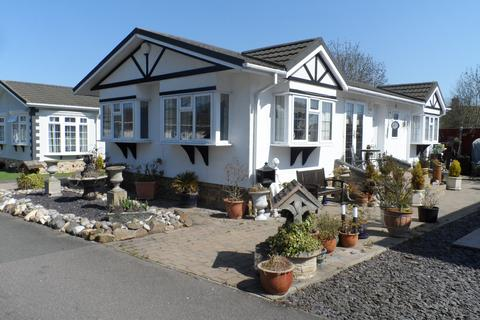 2 bedroom park home for sale - Sacketts Grove, Jaywick Lane, Clacton on Sea
