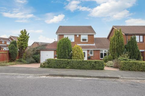 3 bedroom detached house for sale - Dereham Court, Newcastle upon Tyne