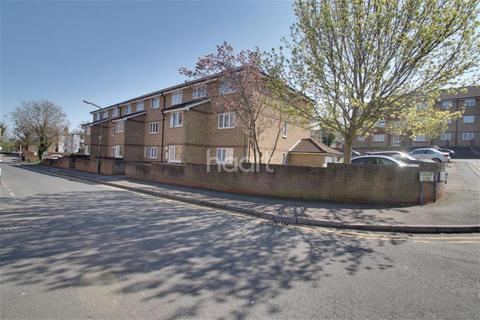 1 bedroom flat to rent - Fort Pitt Street, ME4