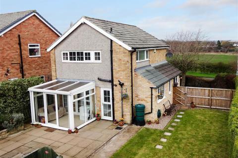 3 bedroom detached house for sale - Fieldhead Grove, Guiseley, Leeds