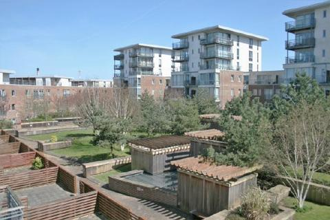 1 bedroom flat to rent - PORTSMOUTH - ADMIRALTY ROAD - UNFURN