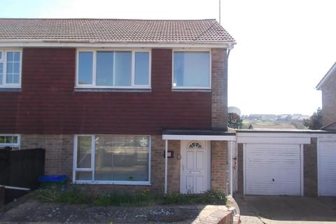 3 bedroom semi-detached house to rent - Bramber Close, Peacehaven