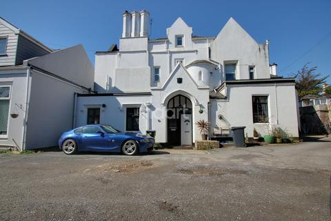 2 bedroom flat for sale - Barton Road, Torquay