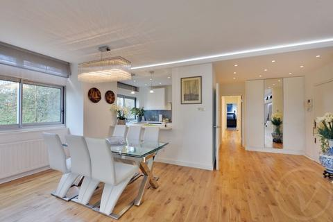 3 bedroom apartment for sale - Oak Hill Park, Hampstead, London, NW3