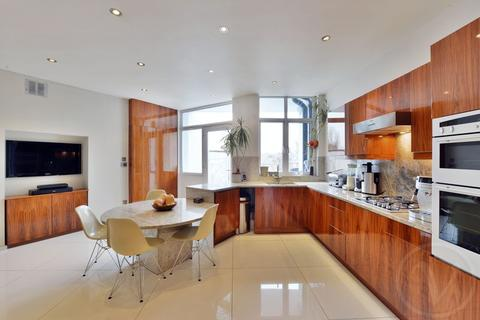 4 bedroom apartment for sale - Canfield Gardens, South Hampstead, London, NW6