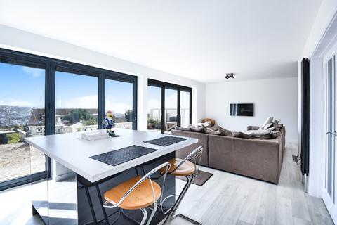 4 bedroom detached house for sale - Westmeston Avenue Saltdean East Sussex BN2