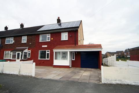 3 bedroom semi-detached house to rent - Plowden Road, Manchester