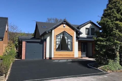 4 bedroom detached house to rent - Winmarith Drive, Hale Barns