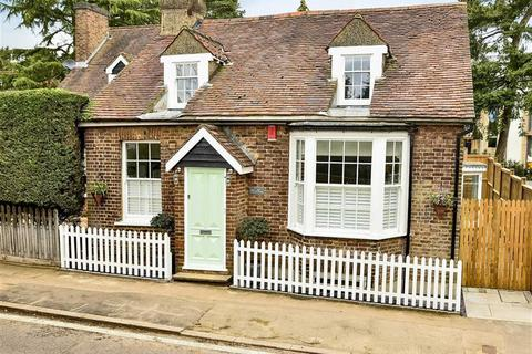 2 bedroom cottage for sale - Camlet Way, Hadley Wood, Hertfordshire