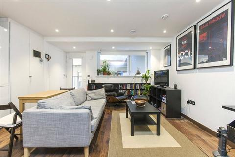 1 bedroom flat to rent - Stephen Court, Diss Street, London, E2