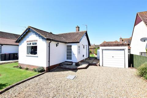 2 bedroom bungalow for sale - Orchard Close, Littlebourne, Canterbury, Kent
