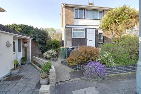 3 bedroom semi-detached house for sale - Weir Farm Road, Rayleigh