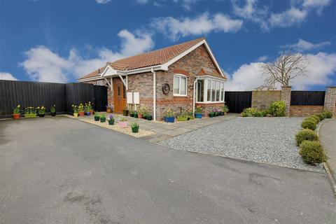 2 bedroom detached bungalow for sale - Dymoke Road, Mablethorpe