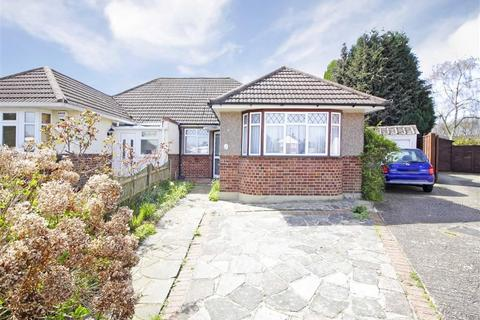 2 bedroom semi-detached bungalow for sale - Kydbrook Close, Petts Wood, Kent