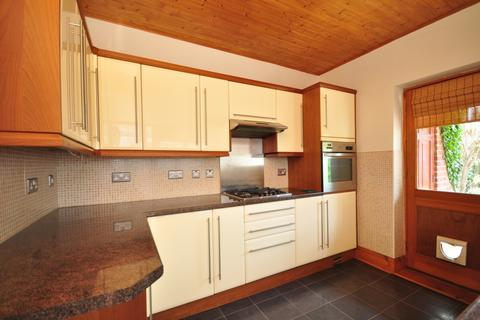 3 bedroom terraced house to rent - Manners Road Southsea PO4