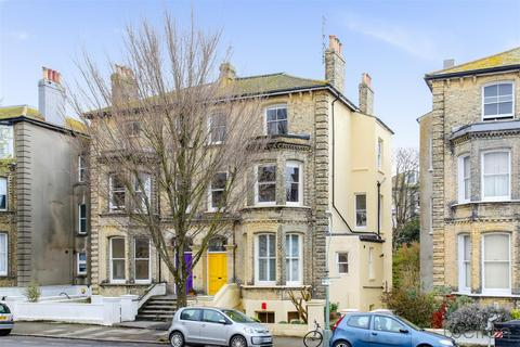 2 bedroom flat for sale - Selborne Road, Hove