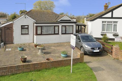 2 bedroom detached bungalow for sale - Vauxhall Avenue, Studd Hill, Herne Bay, Kent