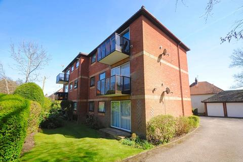 2 bedroom flat for sale - Blair Avenue, Lower Parkstone, Poole
