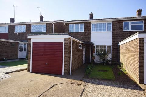 3 bedroom semi-detached house for sale - Constable Way, Shoeburyness, Southend-On-Sea