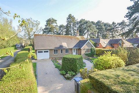 3 bedroom detached bungalow for sale - Avenue Road, BISHOP'S STORTFORD, Hertfordshire