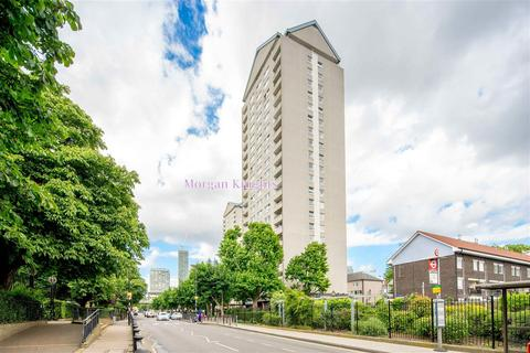 3 bedroom apartment for sale - Westbury Road, London E14