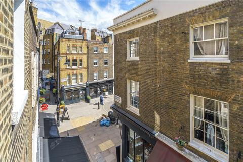 Studio to rent - Shepherd Market, Mayfair, London