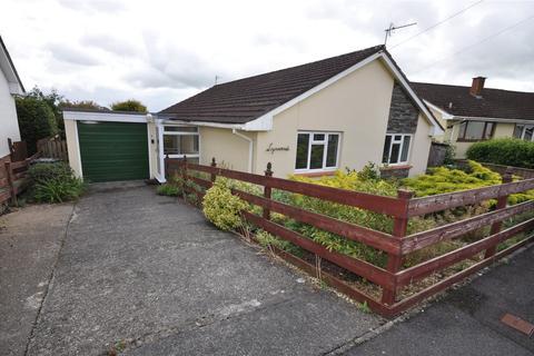 3 bedroom bungalow to rent - Deans Park, South Molton, Devon, EX36